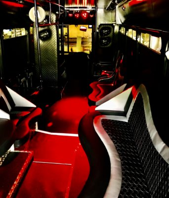 24-seater-party-bus-manchester